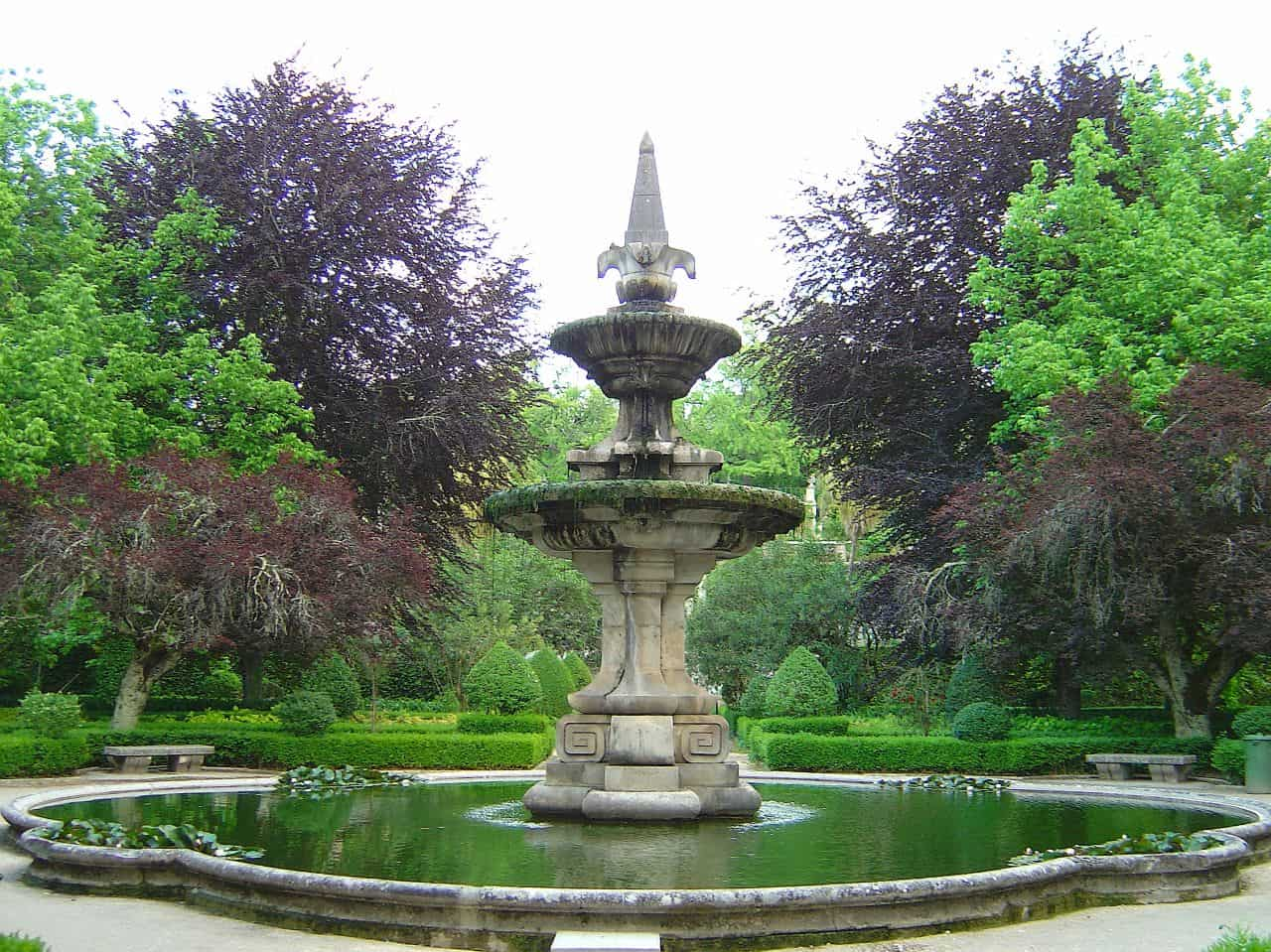 Top 10 most beautiful garden in the world - 10 Botanical Garden Of The University Of Coimbra Coimbra Portugal