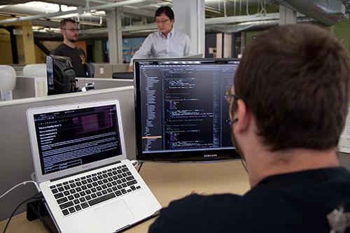16 Computer Software Engineers